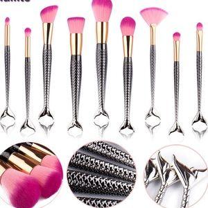 10-Piece Pink/Silver Ombré Prof. Make-Up Brush Set